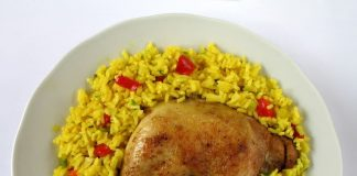 Arroz con Pollo recipe in white dish
