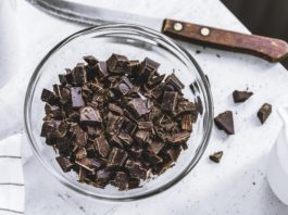 dark chocolate is one of the best foods to help your body recover from illness